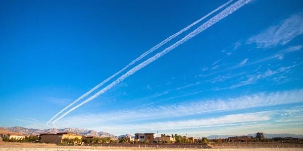 飛行機雲_R