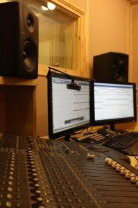 studio-225493_1920
